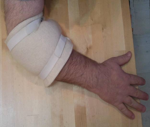 חגורת גב ומגן מרפק או ברך מצמר טבעי של